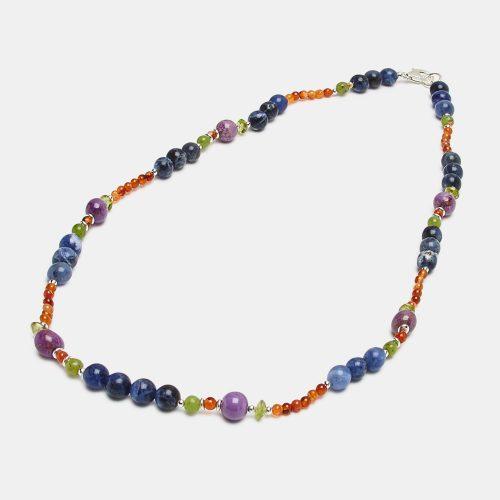 Collar de Sodalita , ágatas y fosfosiderita. diseño de la firma Diorita